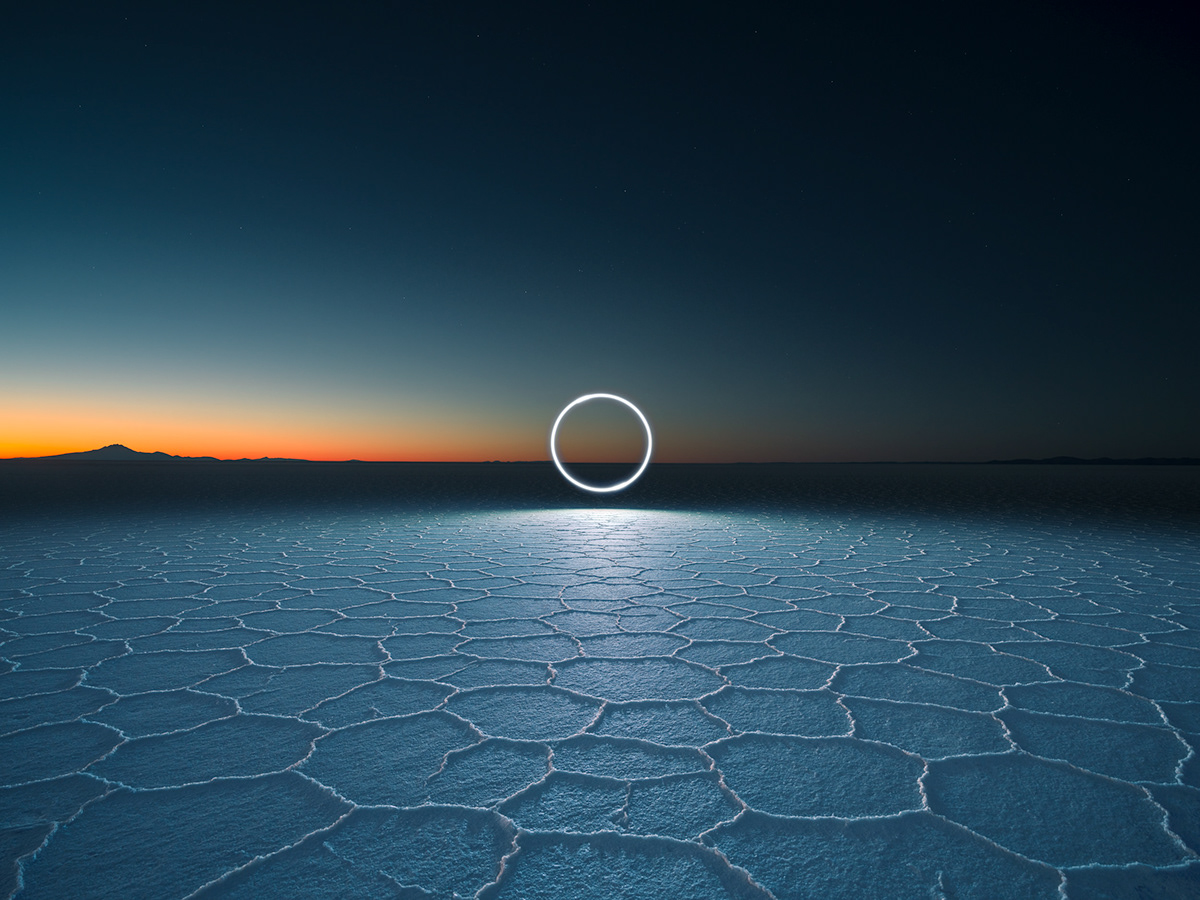 Image may contain: water, sky and screenshot