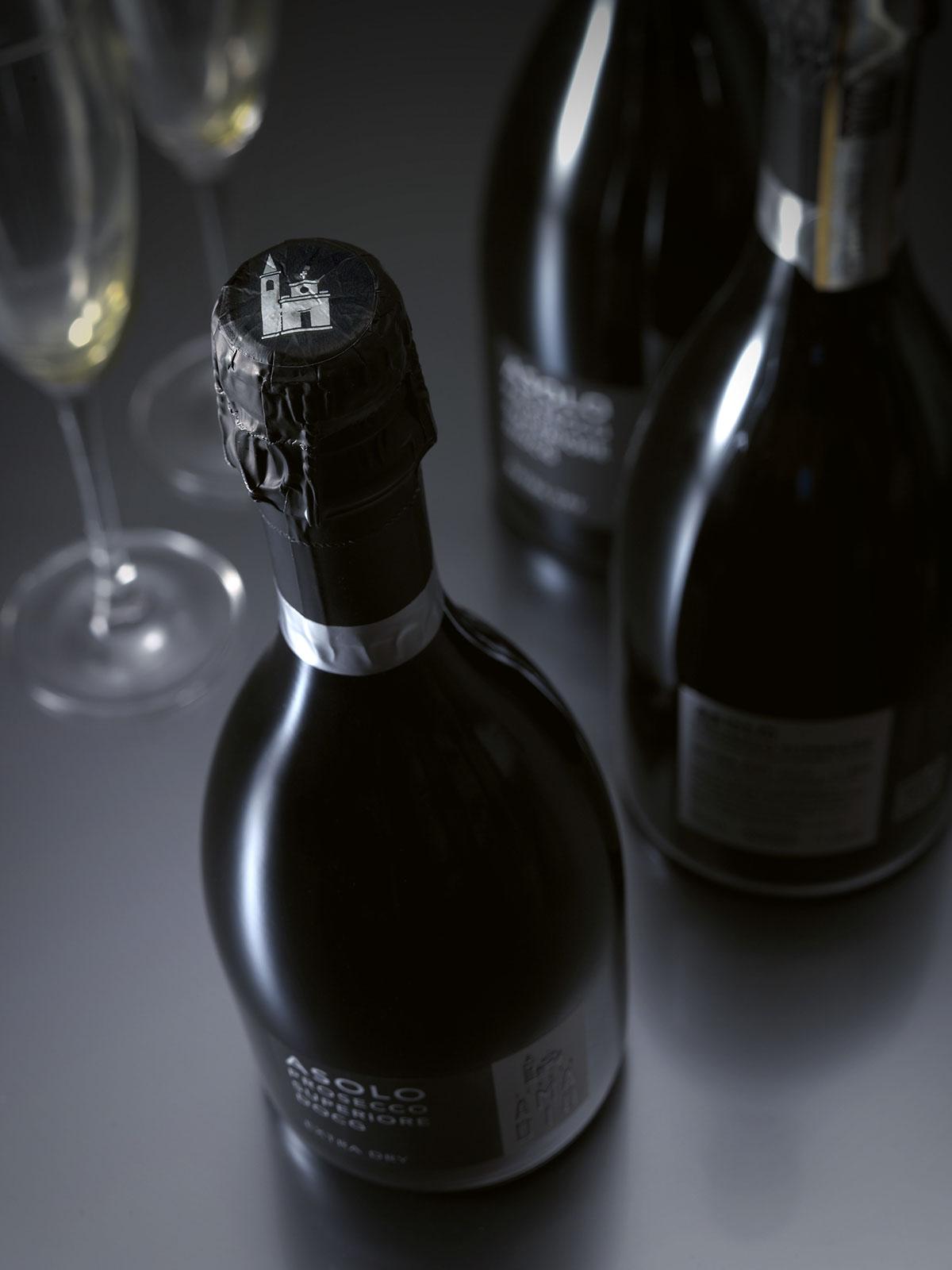 wine sparkling vino bottle box Italy Prosecco asolo product black logo Logotype Vinitaly Label labeloftheyear