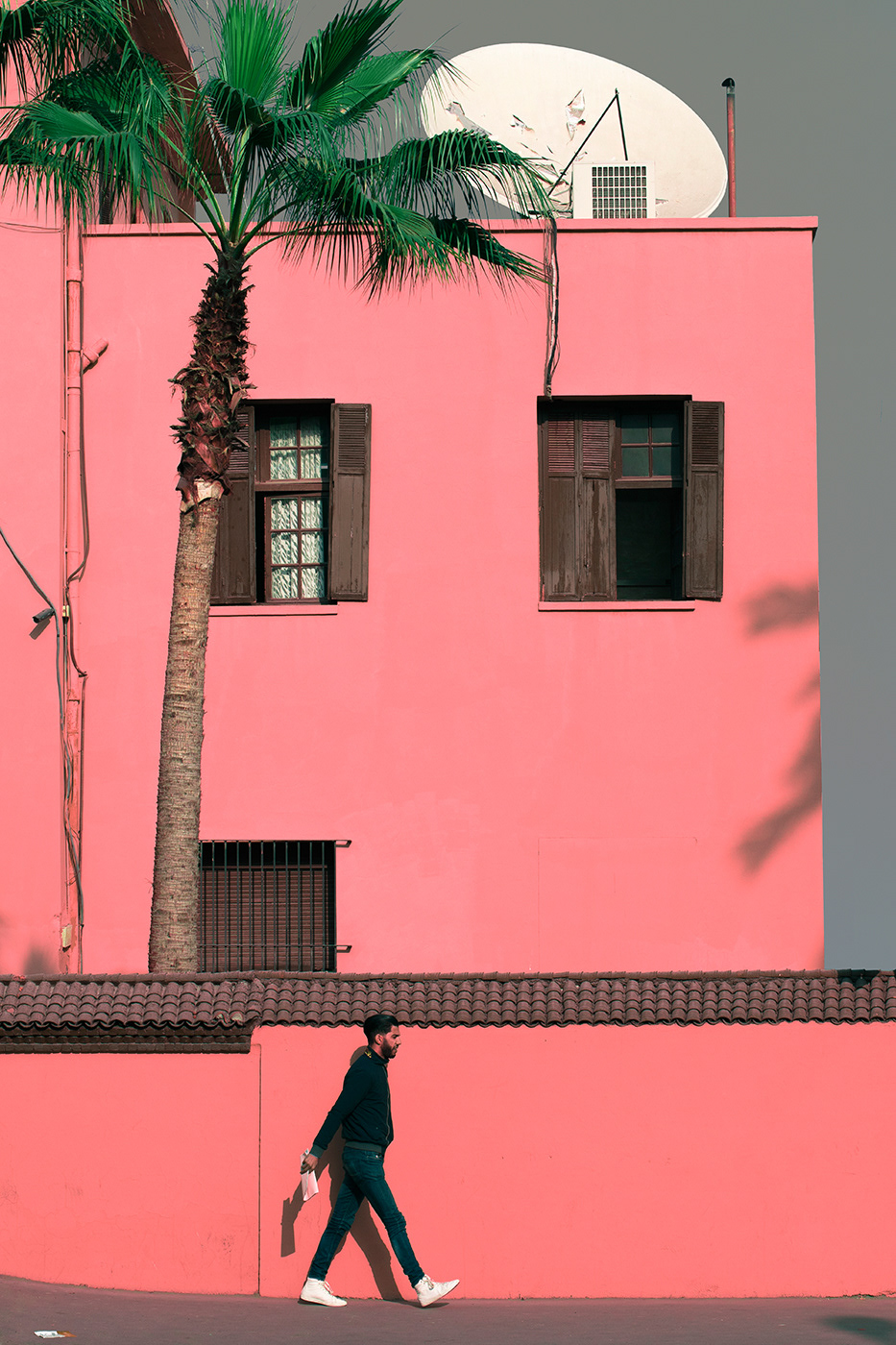 minimal street photography People Photography colorful simplicity afternoon pink fine art art photography atmospheric