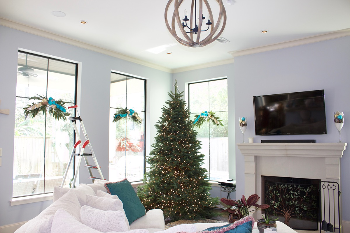 Holiday Home Decor on Behance