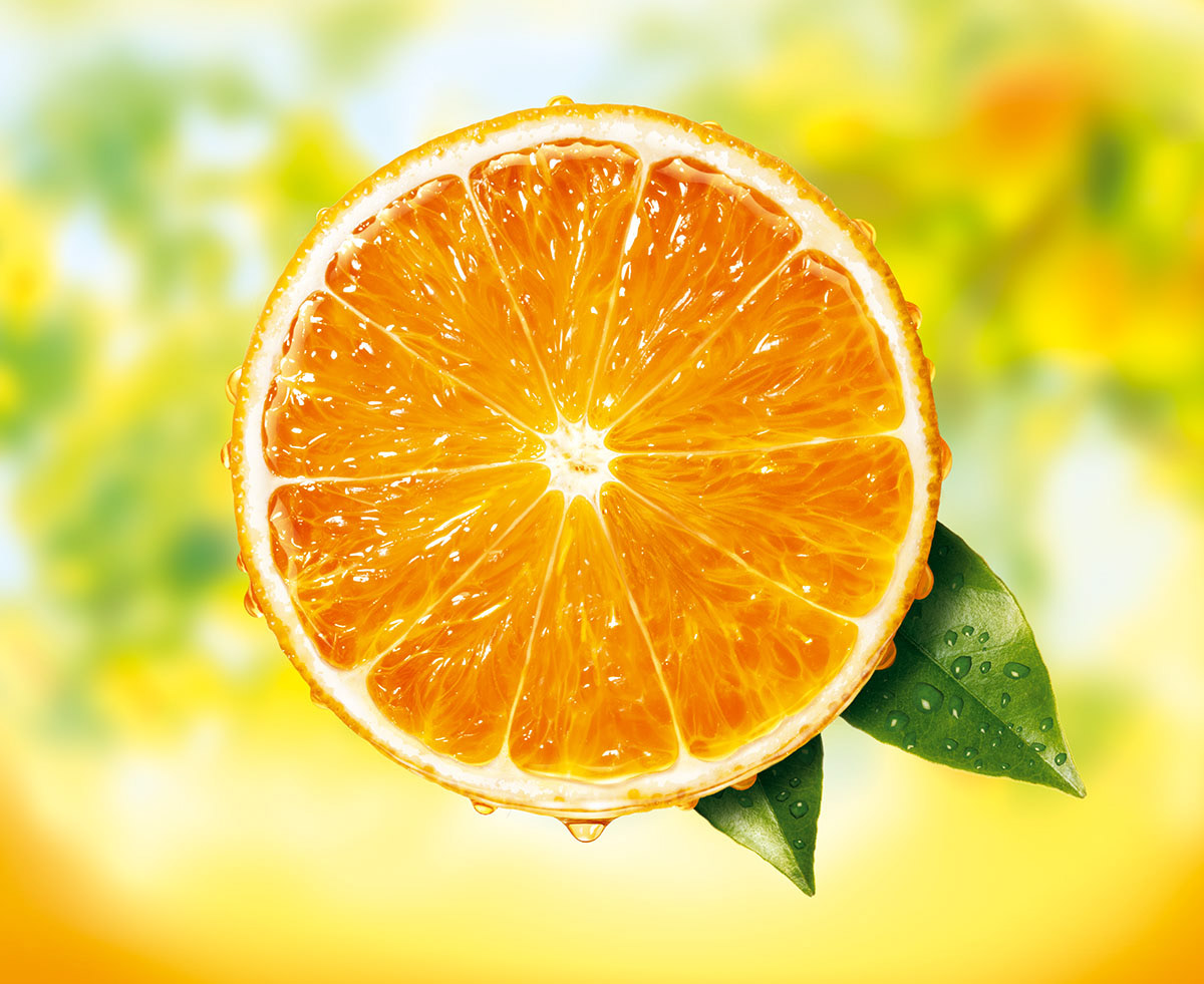 Juicy orange half super realistic illustration for Minute Maid packaging and promotion.