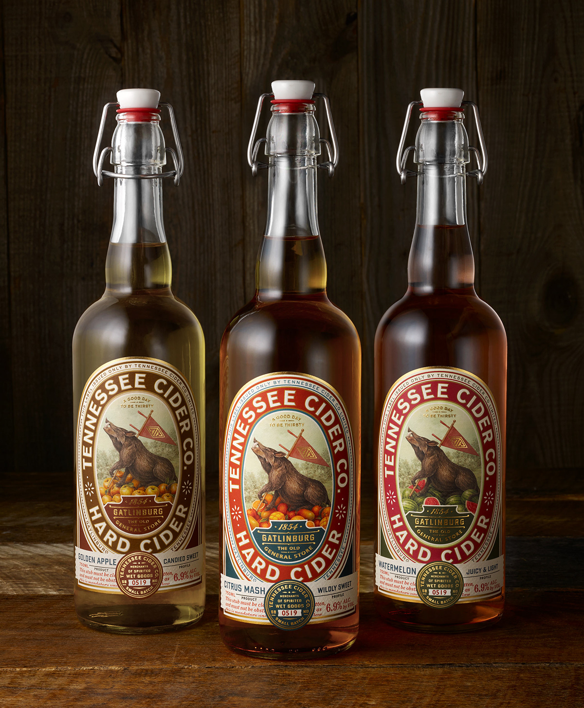 cider,alcohol,beverage,product,print,HOG,spirit,Tennessee,package design ,logo