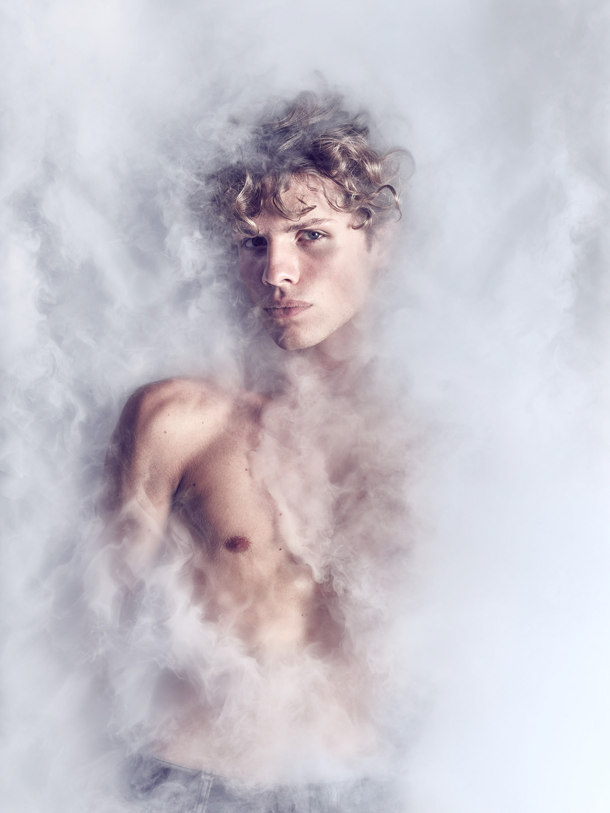 fog haze portrait Phase One IQ3 broncolor lyrical Melancholic modern
