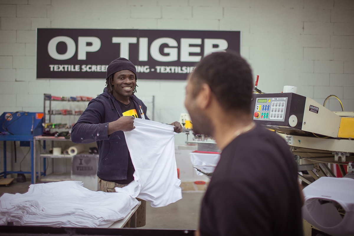 Op Tiger screen printing