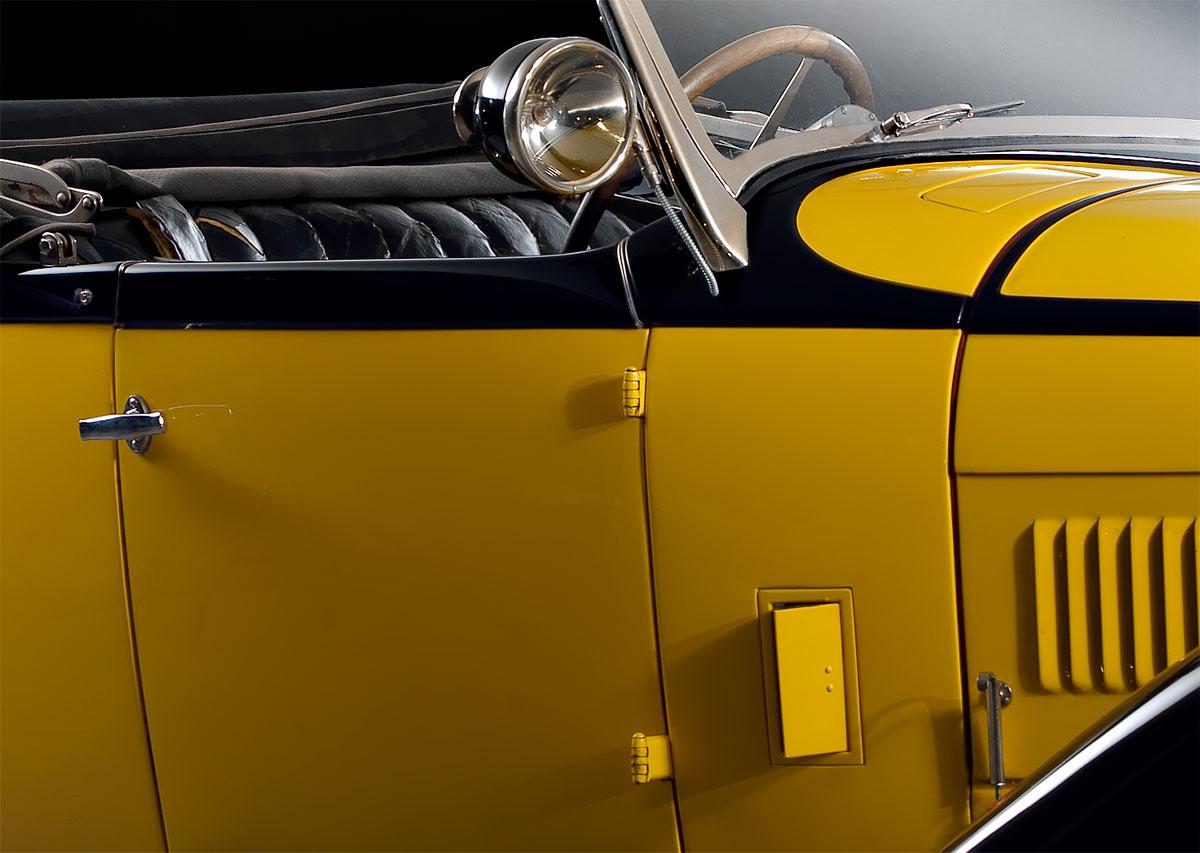 Adobe Portfolio bugatti Classic Cars Atalante Hasselblad light still life Outdoor on location avenger butterfly manfrotto