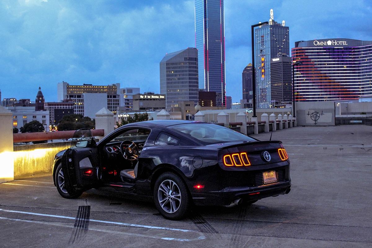 Adobe Portfolio Mustang Cars downtown Darkside