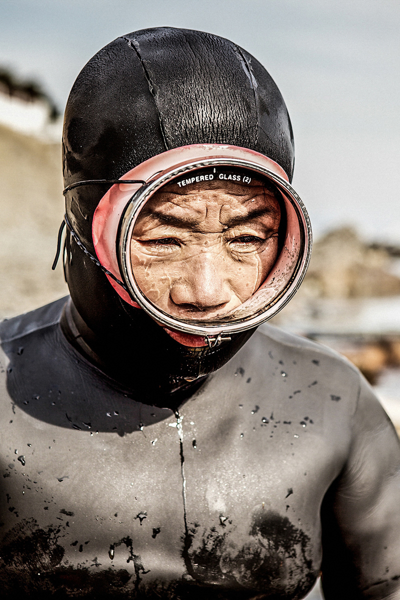 journalism   Documentary Photography photojournalism  photographer Documentary  docu female divers Diving Photography