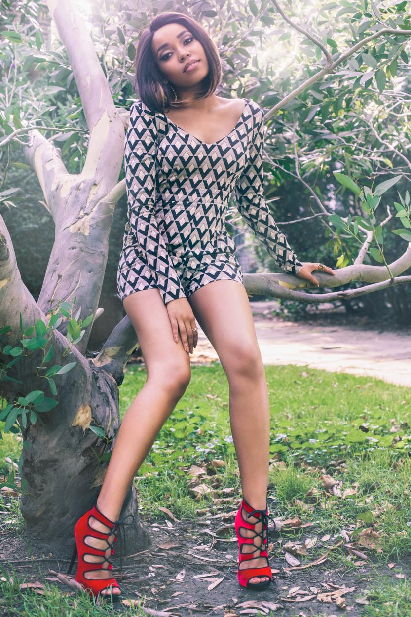Dionne Bromfield Nude Photos 51