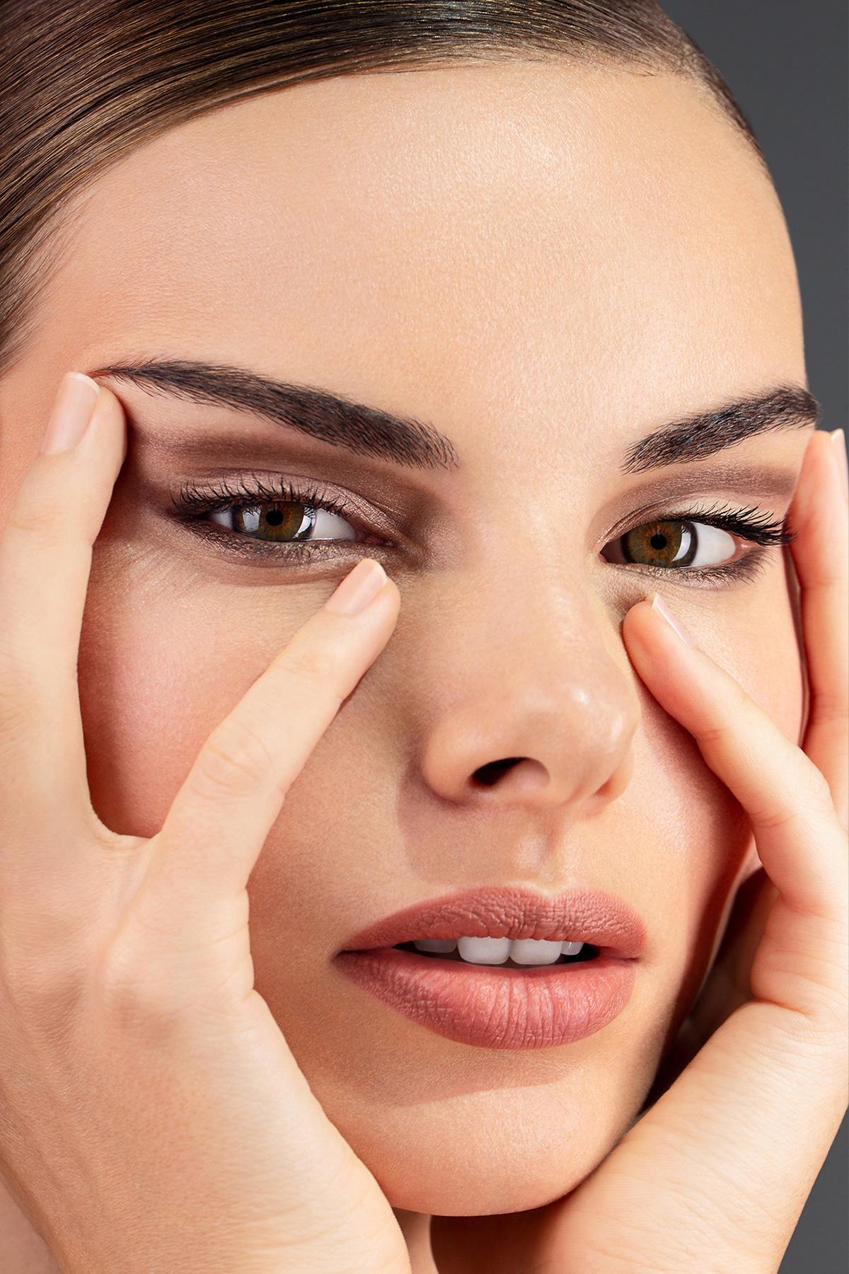 beauty Make Up SISLEY dubai chernih photographer UAE Fashion  studio Photography