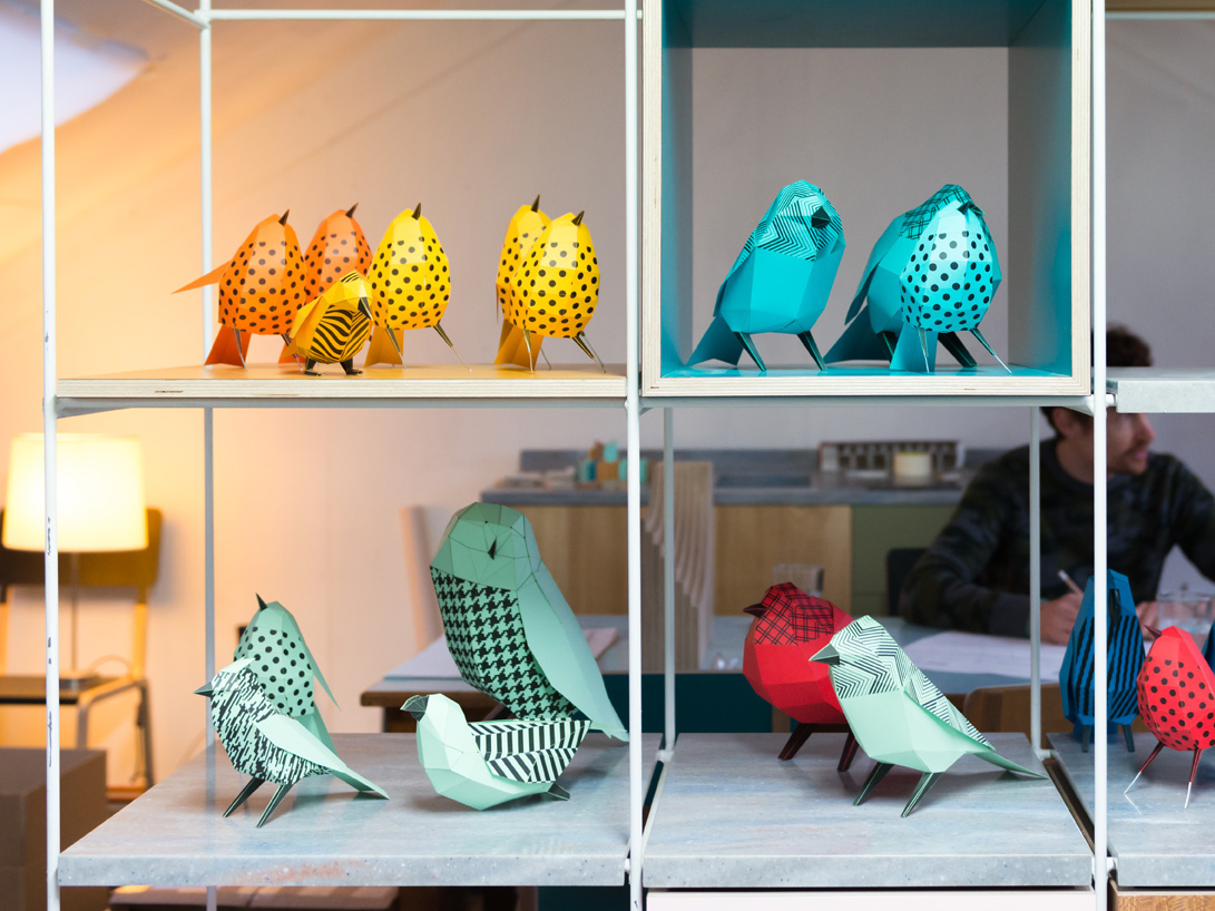 paper aviary paper birds st james dn&co aves papel Collaboration London Exhibition