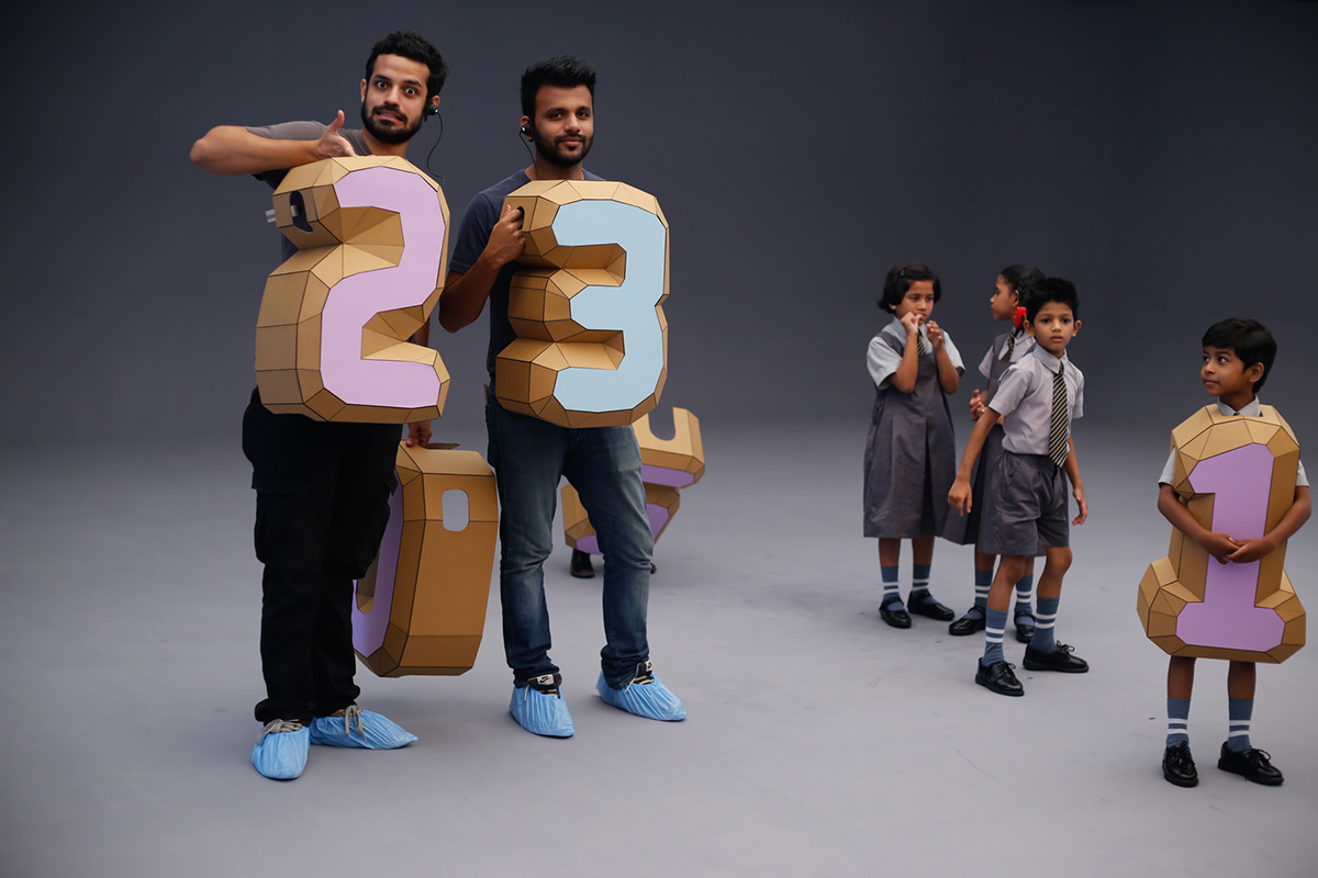bandhan bank hungry films India MUMBAI cardboard numbers costumes Rooster kids crow Cricket papercraft