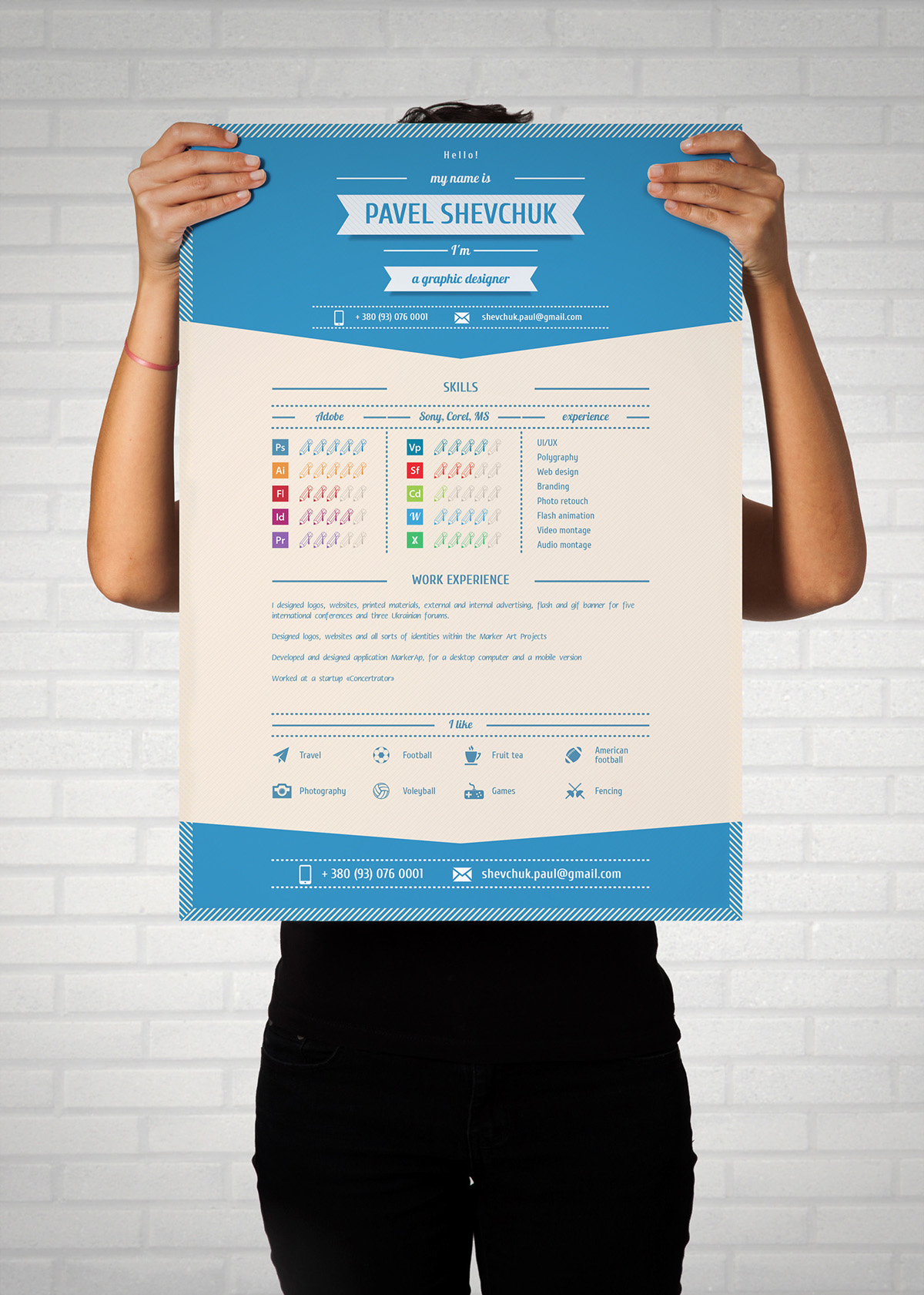 free cv   resume mock up    vector on behance