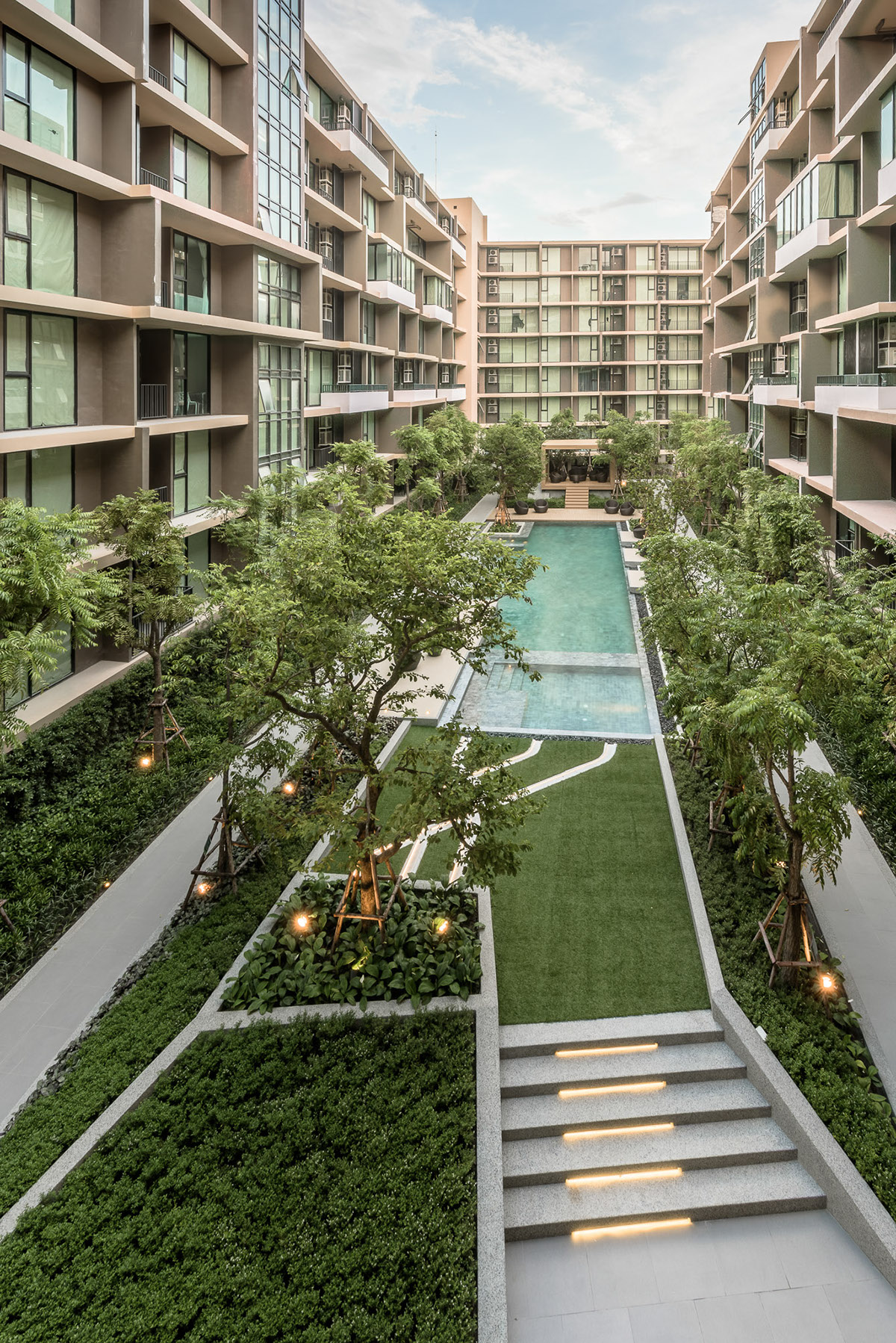 The Parque Condominium Courtyard By Tectonix Landscape On