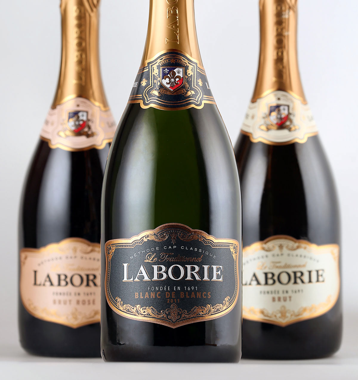 Packaging Wine Packaging Sparkling wine packaging mcc label design