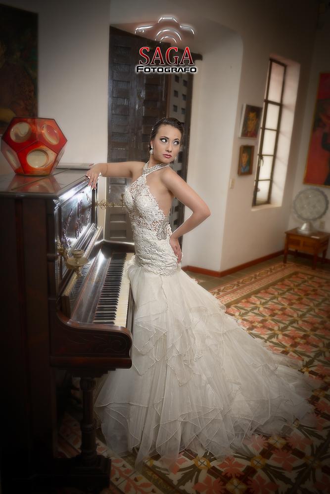 vestido vestidos novias diseñador saga gallardo Jiquilpan sahuayo Boda zamora