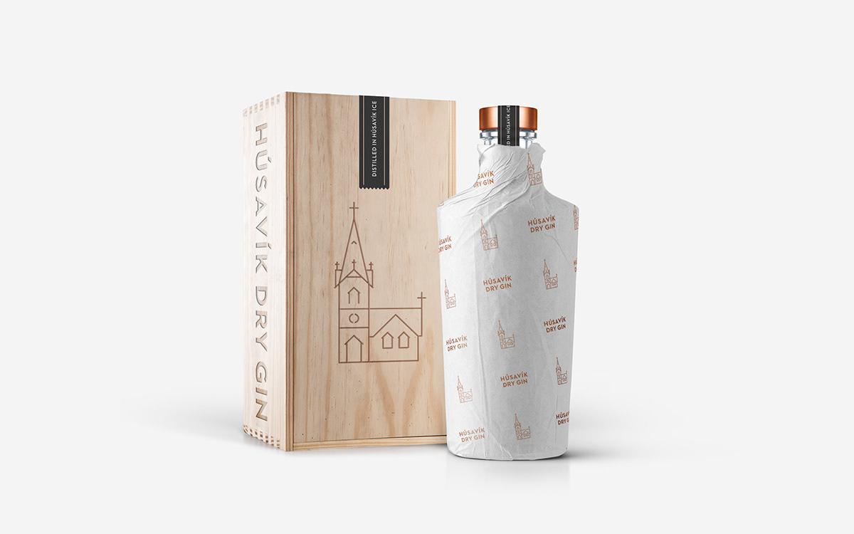 gin iceland alcohol distillery Icon Packaging Husavik typepluscolour branding  bronze