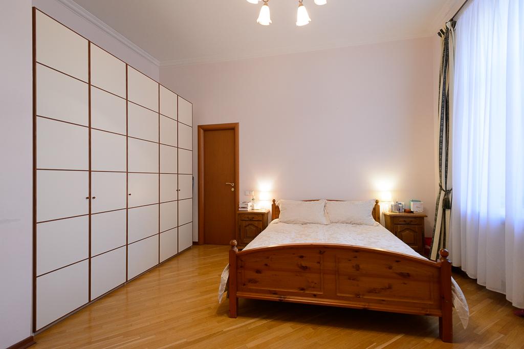 home interior apartment indoor