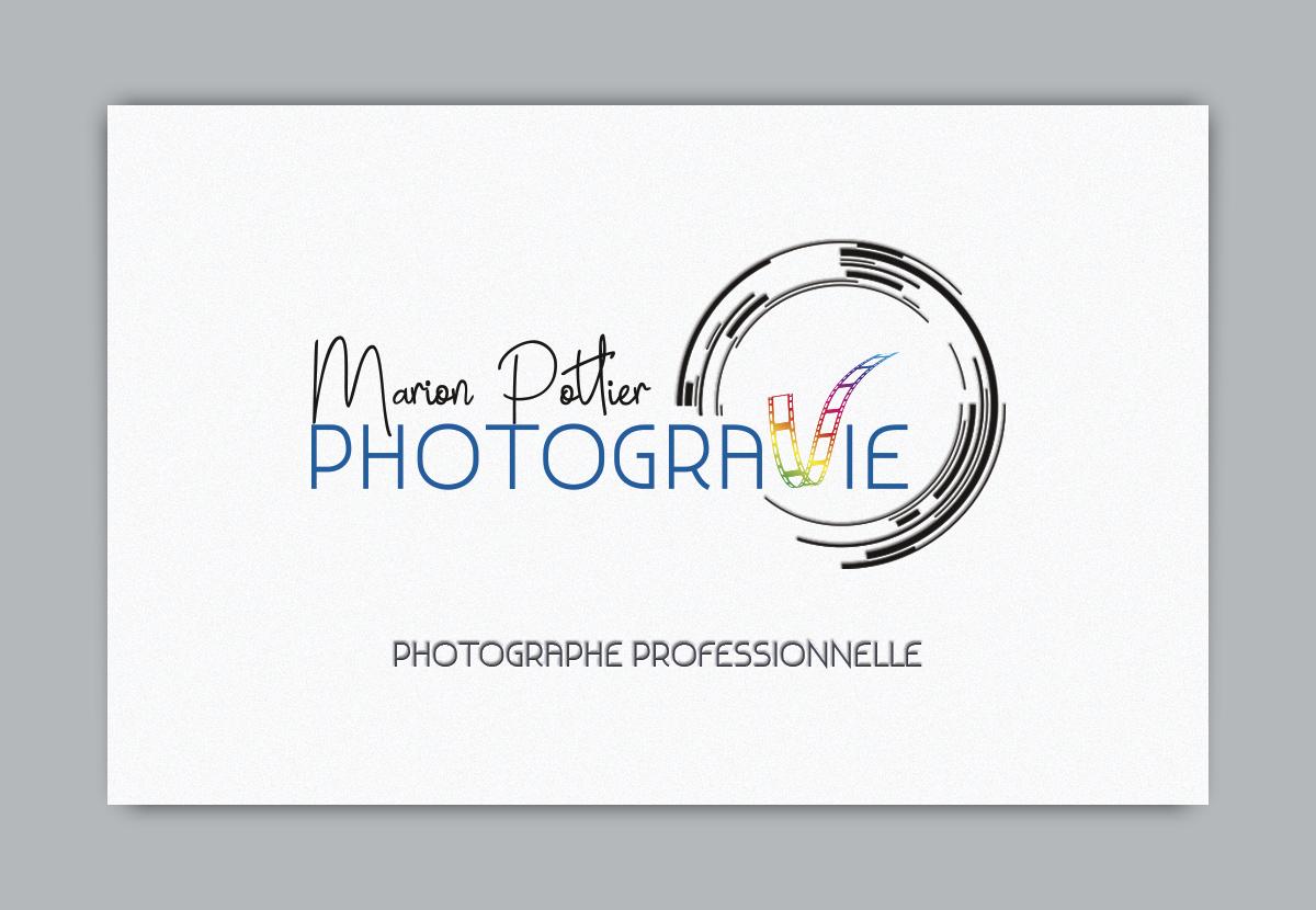 Creation Dun Logo Pour Une Photographe Basee En Bretagne Immortalisant Des Instants De Vie Lobjectif Cible Le Mot Dont V Est Represente Par