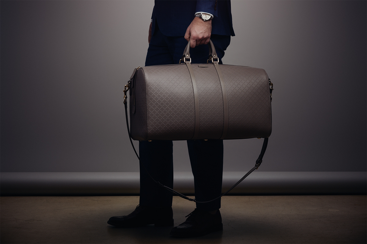 0e6bd68a7db2 http://hypebeast.com/2014/12/gucci-presents-the-g-chrono-collection-and- bright-diamante-leather-duffle