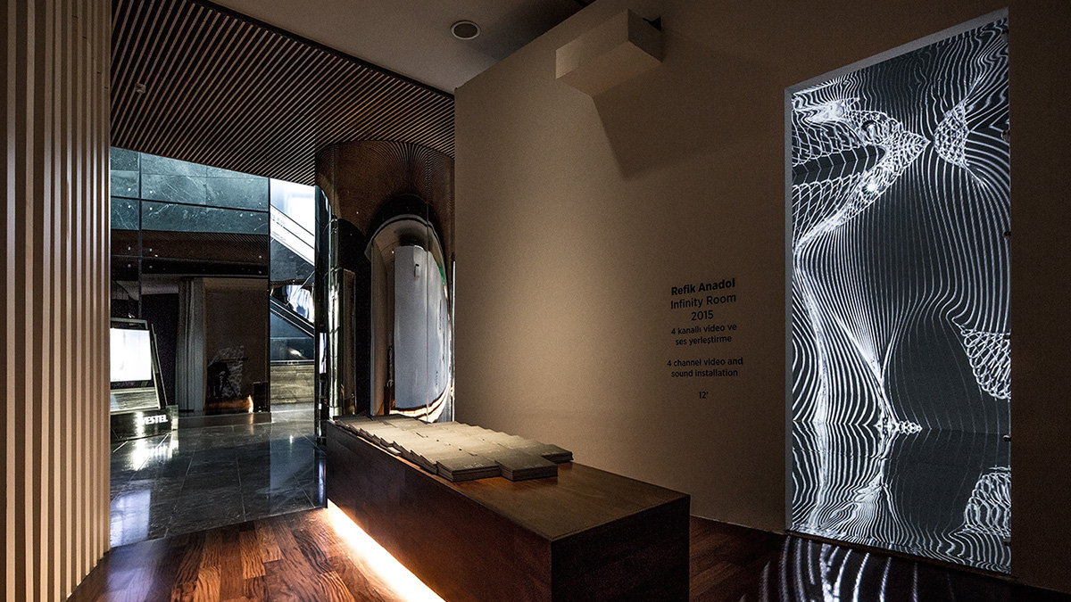 infinity room Immerisve temporary environment experiment Audio/Visual media arts