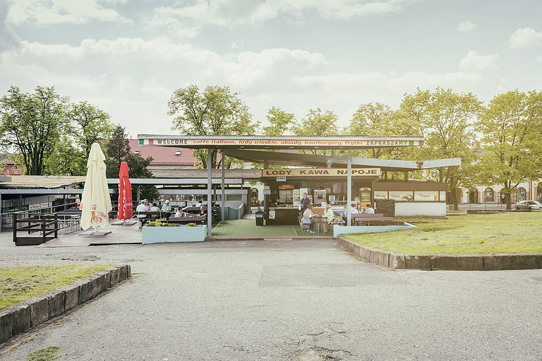 booth stall Kiosk Point of Sale meeting point Urban poland everyday life europa