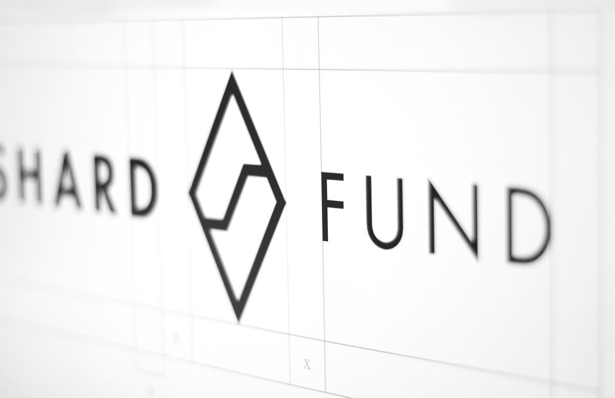 shard Fund Hedge Fund finance minimal gold foil foil block Business Cards Corporate Identity logo Dynamic luxury user interface UI ux