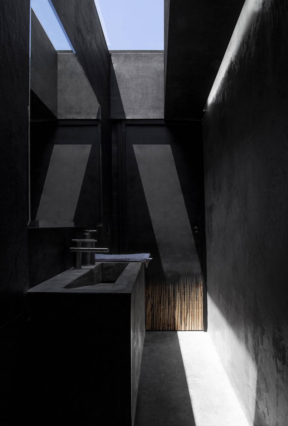 Architecture & Interior Design: 3508 by Sabbath Studio
