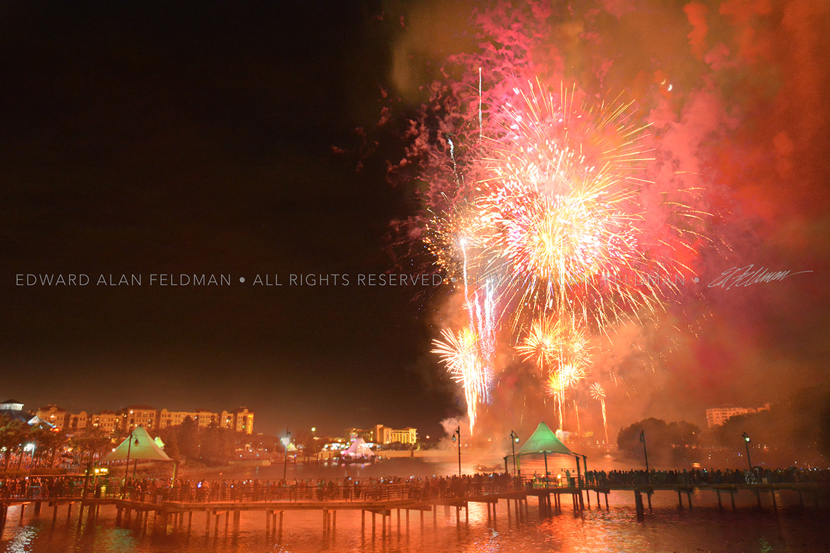 fourth of july,altamonte springs,Cranes Roost,florida,orlando,fire works,bright colors