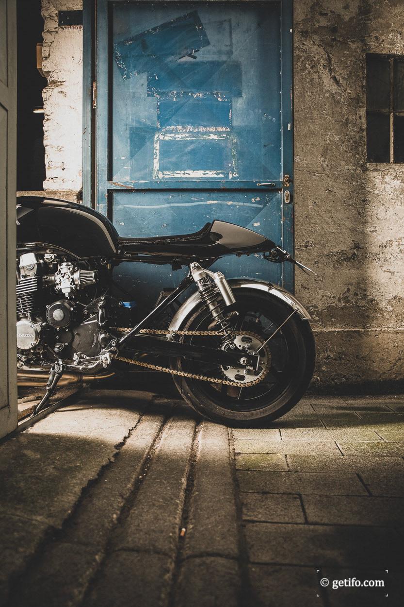 #automotivephotography #BikePhotography #caferacer