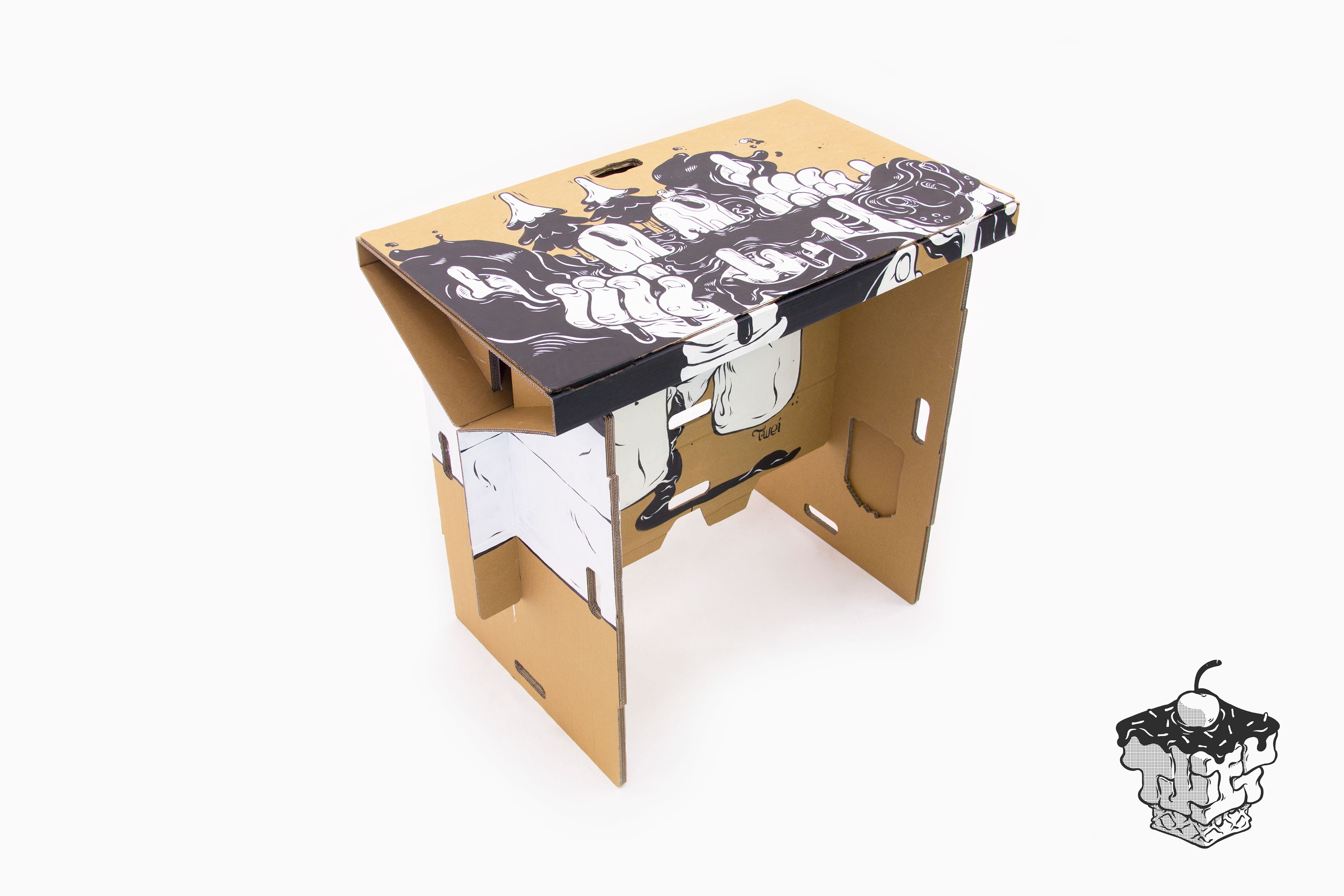 cool two cardboard transform ways hunting new flexible large standing thumb desk design options