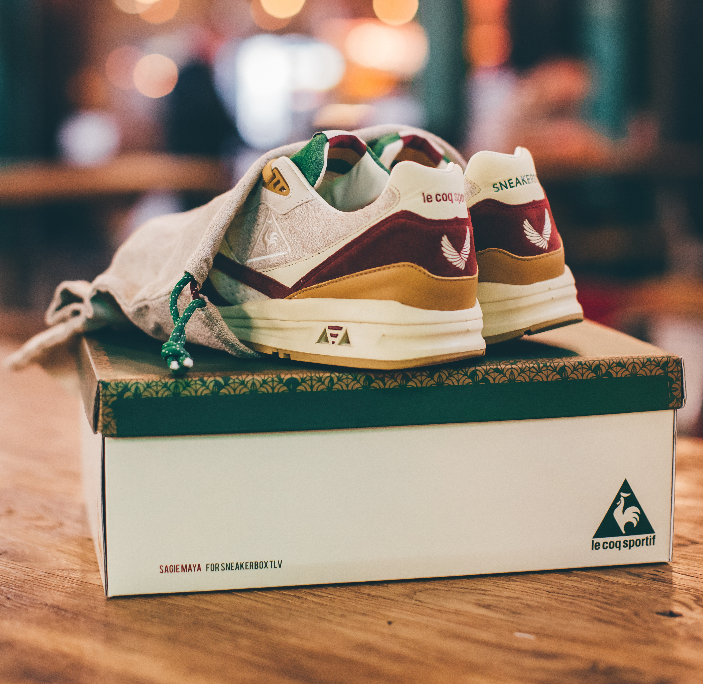 81ff25e6c472 LCS x Sneakerbox TLV R800 HUMMUS on Behance