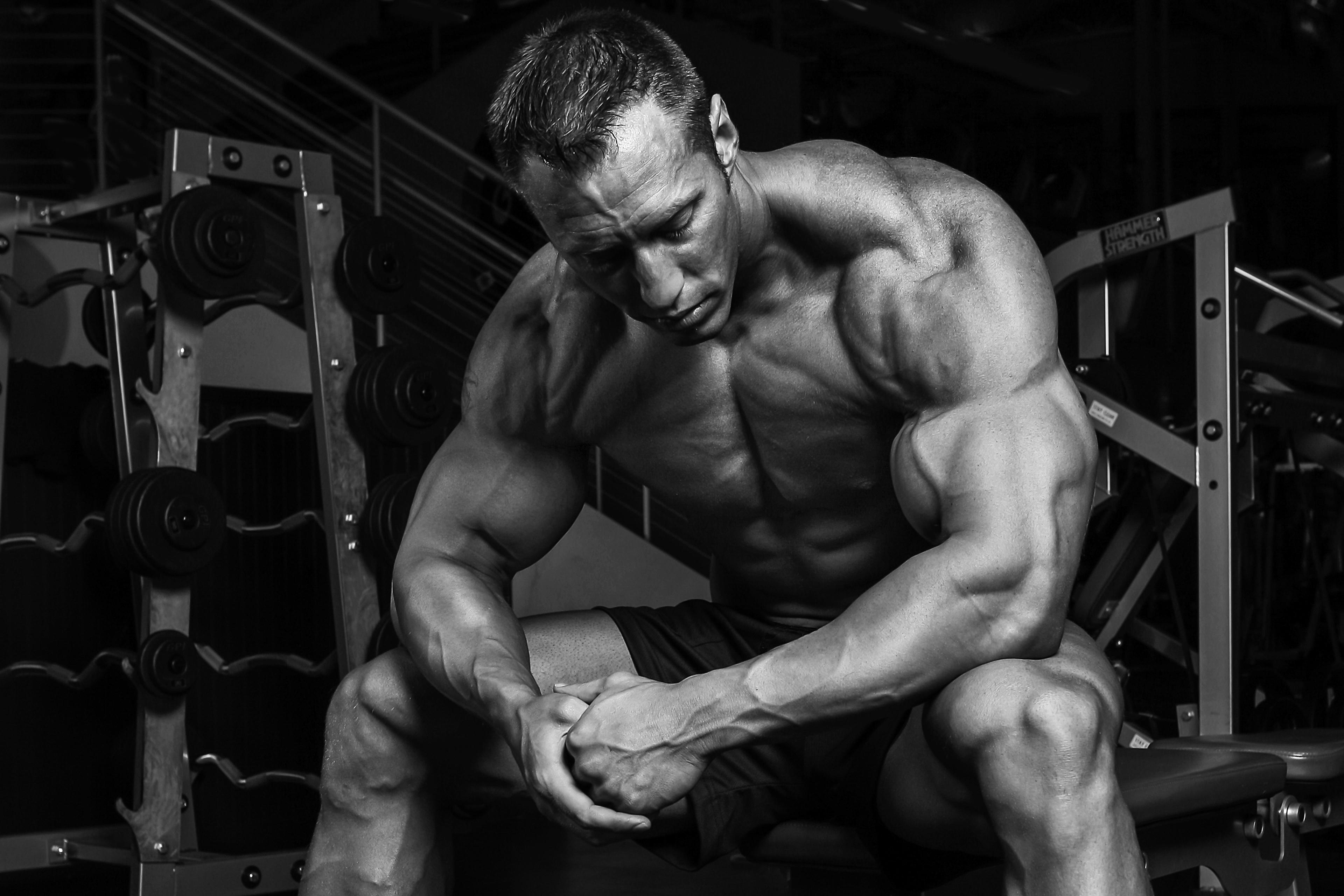 видеокамерах бодибилдинг фото мужчины упражнения многим отзывам прилагаются