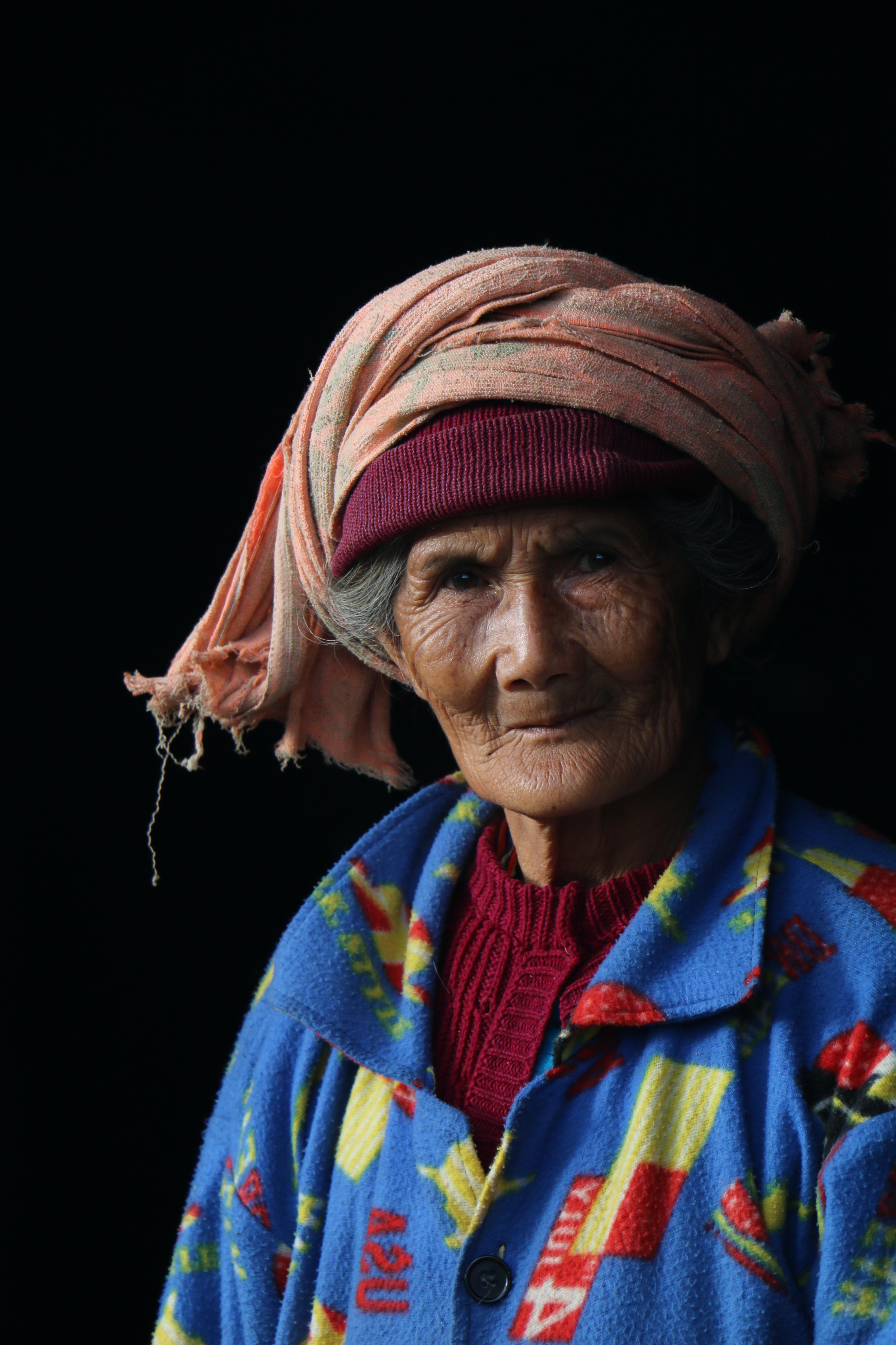 myanmarlady