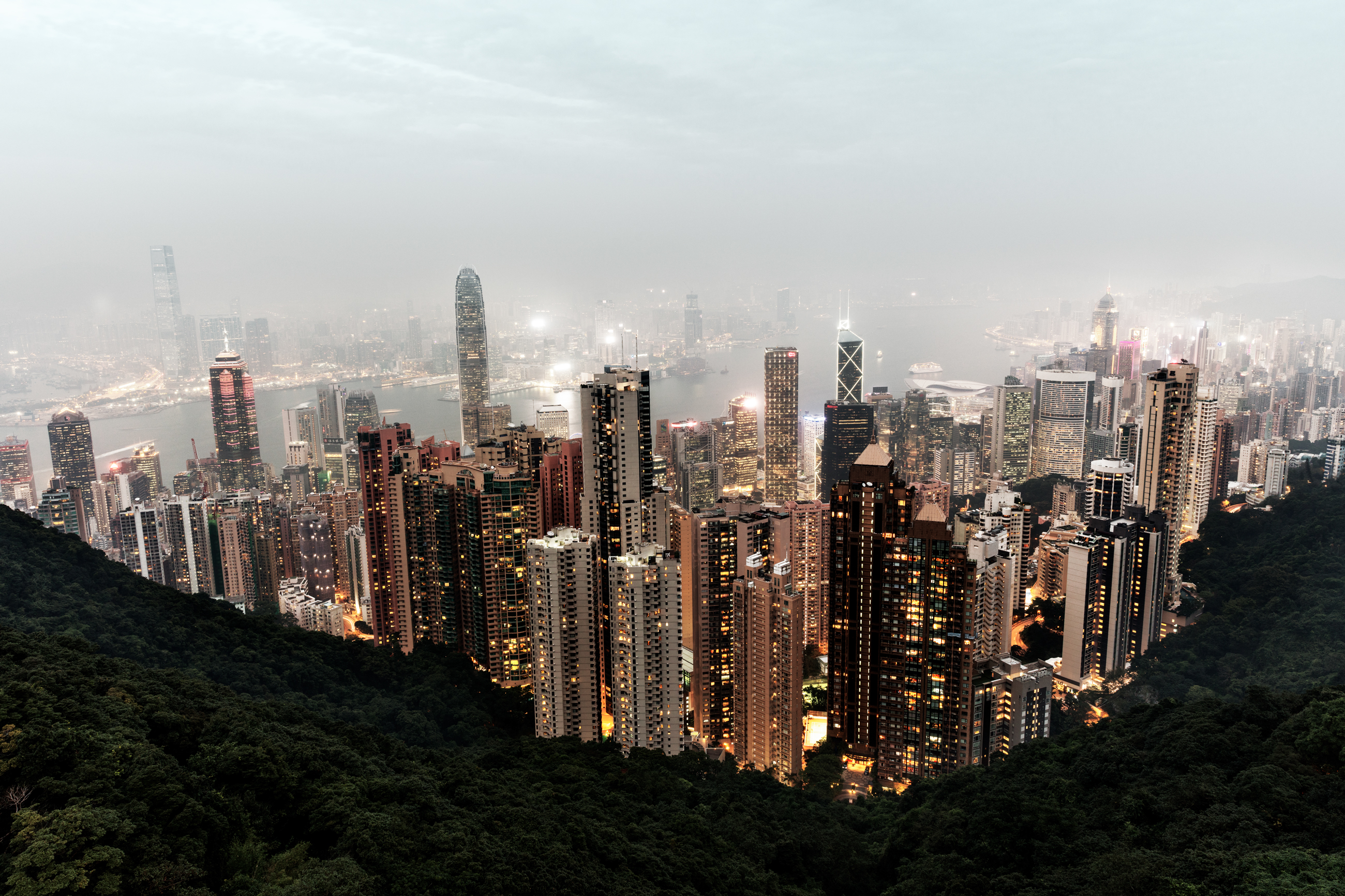 Digital Photography of Hong Kong by Ludwig Favre