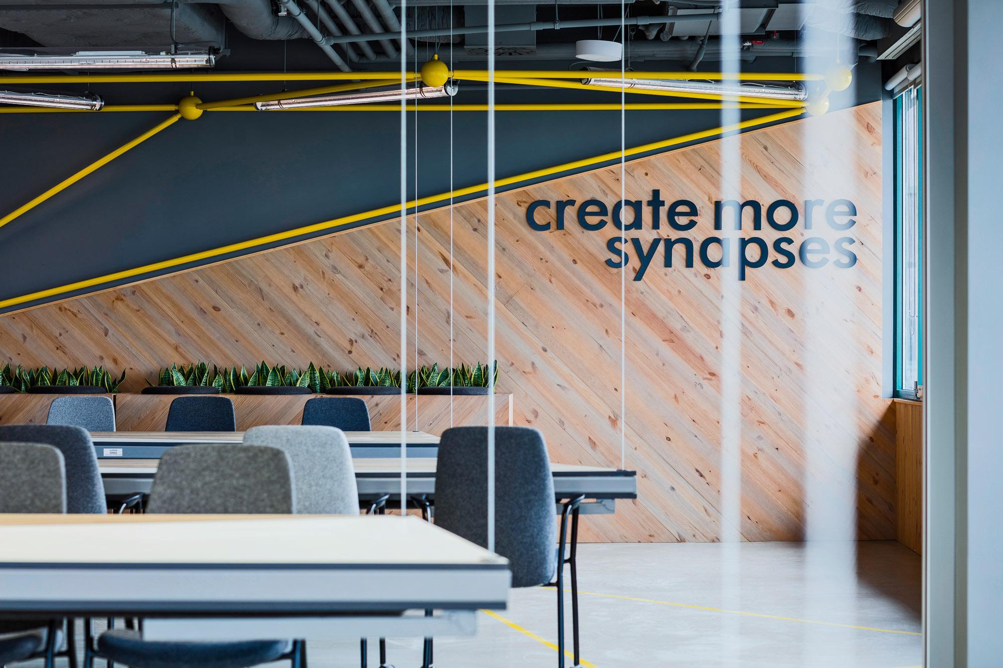 Arquitectura y Diseño de Interiores: Brain Embassy, Mokotów