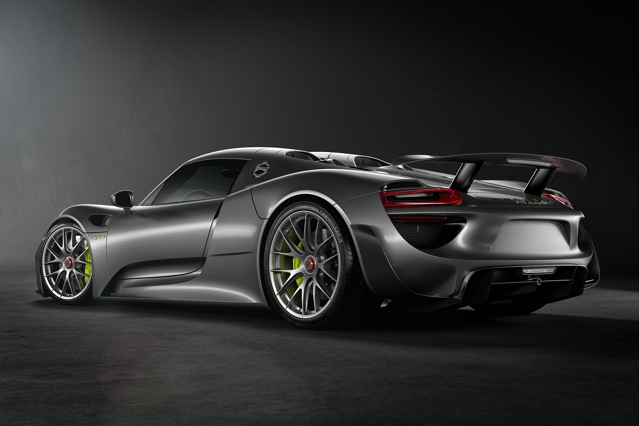 100 porsche 918 spyder white iphone se vehicles porsche 918 spyder wallpaper id 632102. Black Bedroom Furniture Sets. Home Design Ideas