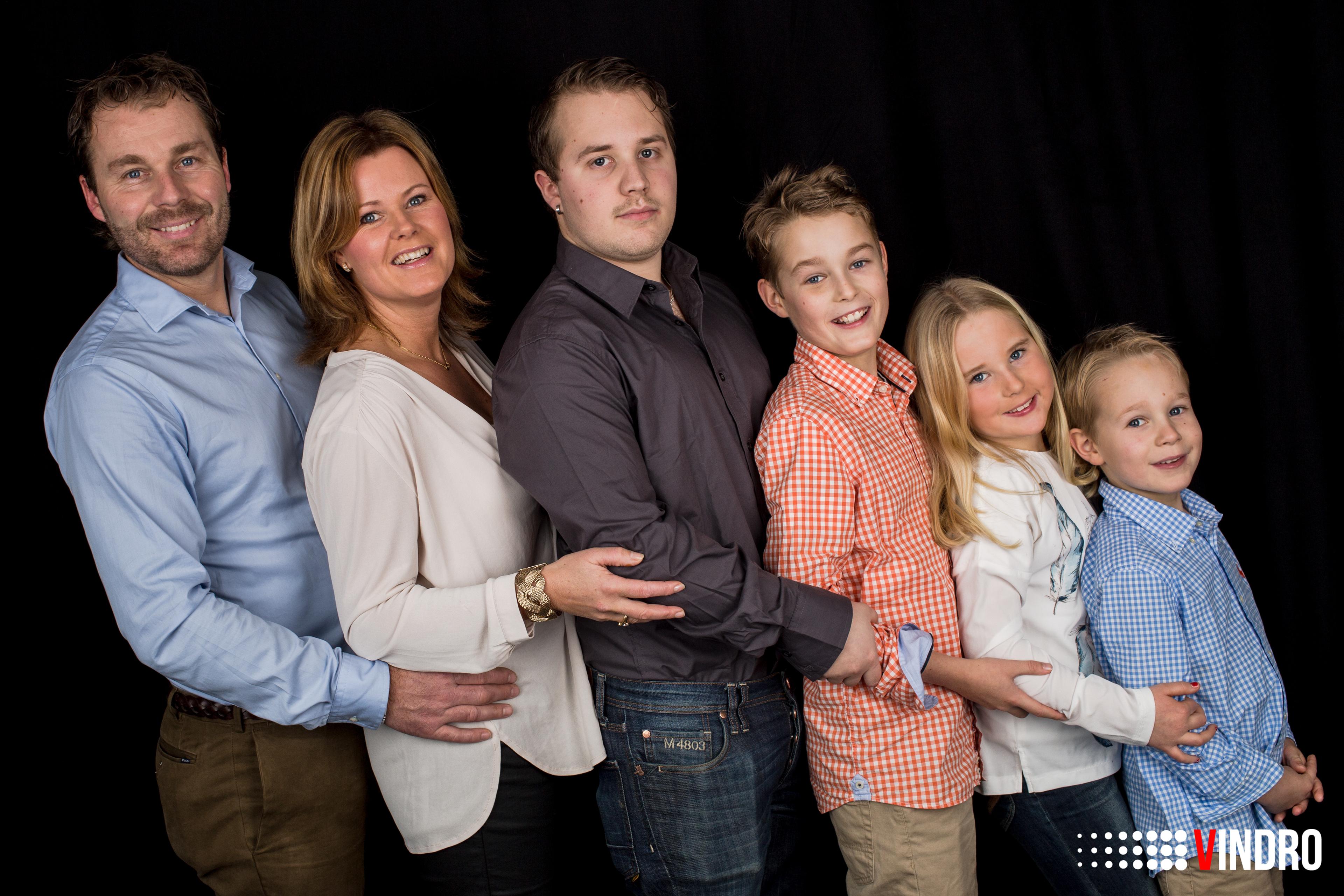 EN FAMILJ - EN I TAGET OCH ALLA