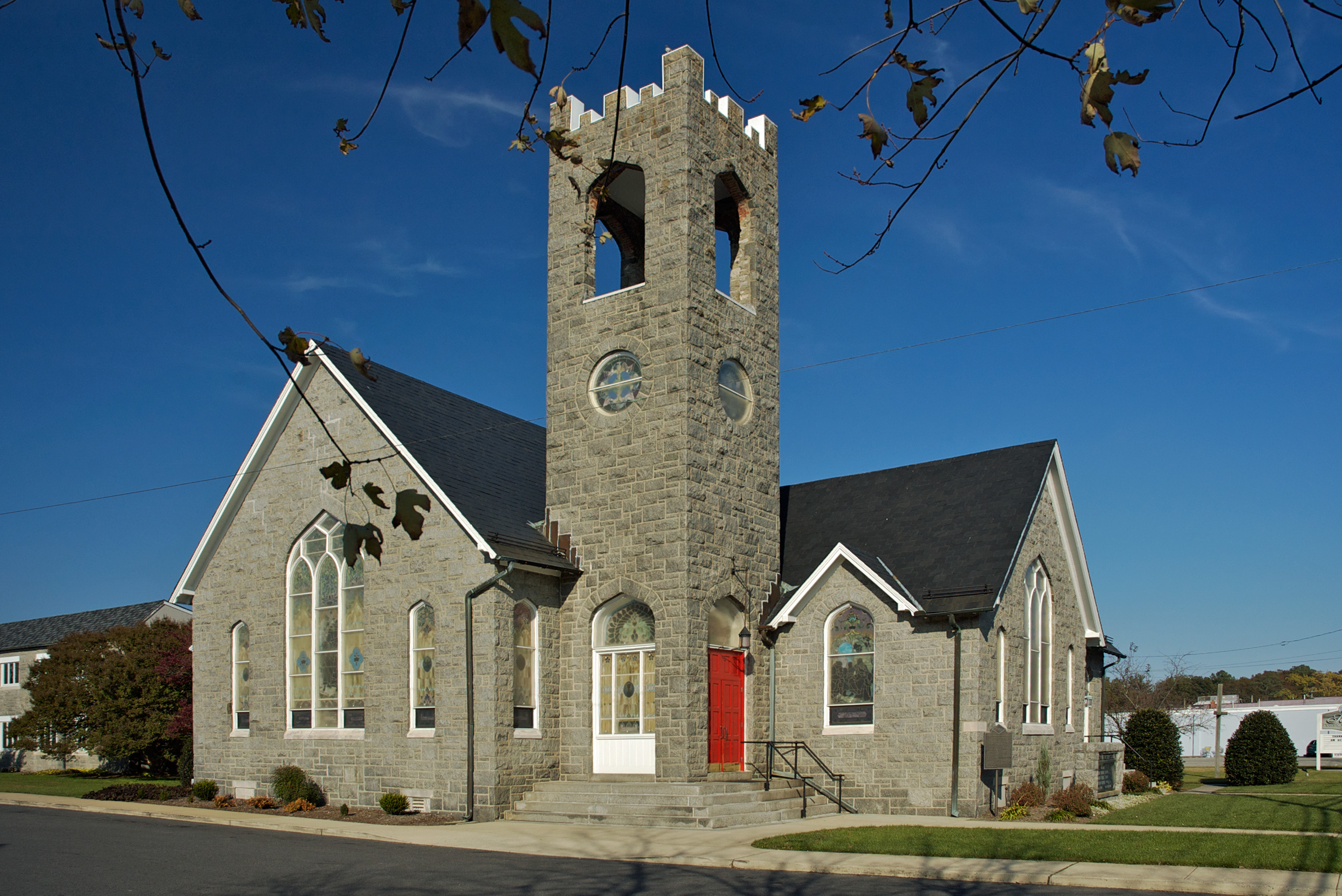 attending a service from the st pauls methodist church Sunday worship services each sunday, st paul's waccamaw united methodist church offers two worship services in the sanctuary please join us for one of our services.