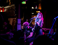 Live Music with Amy Vix at the Monarch Camden