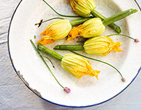 Zucchini flowers stuffed with couscous