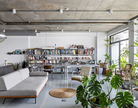 Rivaparc Renovation Apartment by Nhabe Scholae