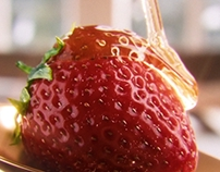 CGI Honey on Strawberry !