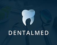 DENTALMED // WEBSITE DESIGN