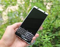 BlackBerry KEYone Silver Likenew