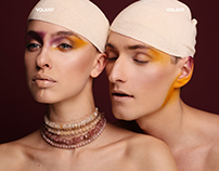"Editorial ""Stardust Twins"" for VOLANT magazine online"