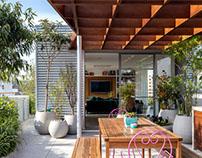Artistic Apartment by Lacaz & Broggin