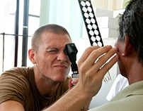 Bilateral eye stimulation