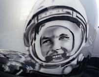Патриотичный мото шлем с Юрием Гагариным