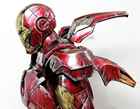 "NECA IRON MAN MARK 7, 18"" BATTLE DAMAGE CUSTOM"