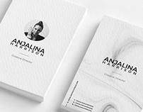 Free Modern Textured Business Card Mockup PSD